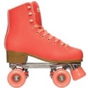 ISO Any of these roller skates Size 9